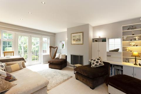 4 bedroom detached bungalow for sale - Halford Road, Ickenham
