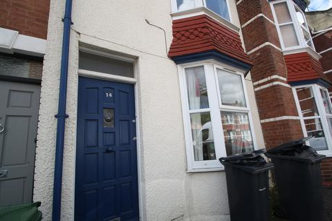 2 bedroom terraced house to rent - Kimberley Road, Exeter EX2