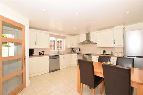 4 bedroom detached house for sale - Whitebeam Close, Godinton Park, Ashford, Kent