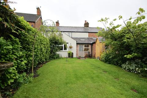 2 bedroom cottage for sale - West Road, Weaverham, Cheshire, CW8