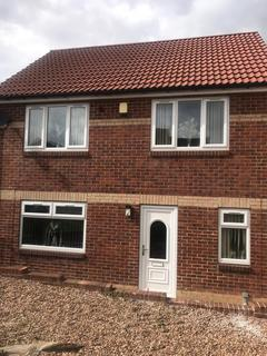 3 bedroom detached house for sale - Cranbrook View, Pudsey, West Yorkshire, LS28