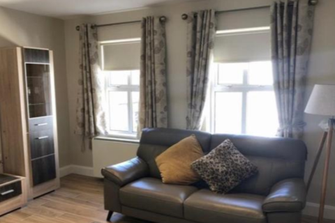 3 bedroom apartment to rent - Naylor Road Peckham