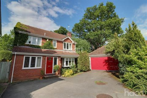 4 bedroom detached house to rent - Lutterworth Close, Bracknell