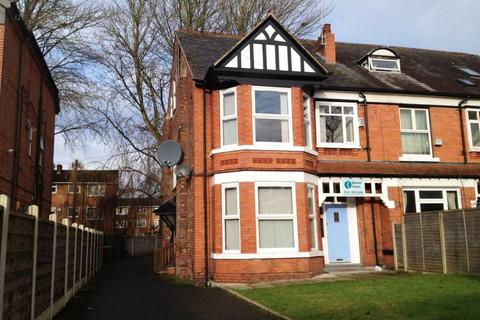 2 bedroom flat to rent - Burton Road, Withington