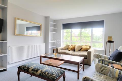 1 bedroom flat to rent - Cecil Close, Mount Avenue, W5