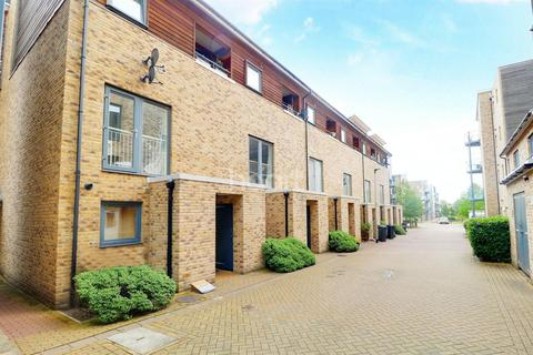 2 bedroom ground floor maisonette for sale - Scholars Walk, Cambridge