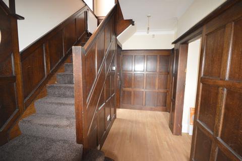 2 bedroom semi-detached house to rent - Becketts Park Drive, Leeds, LS6