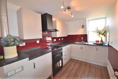 2 bedroom flat to rent - Belmont, Bath, BA1