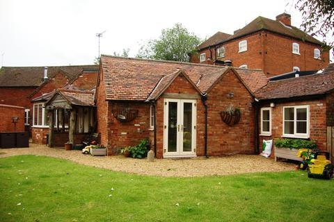 3 bedroom cottage to rent - Barston Lane, Barston, Solihull, B92 0JP