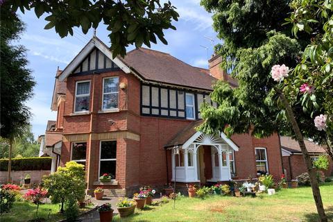 5 bedroom detached house for sale - Forest Road, Branksome Park, Poole, Dorset, BH13