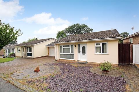 2 bedroom bungalow for sale - Potters Way, Lower Parkstone, Poole, Dorset, BH14