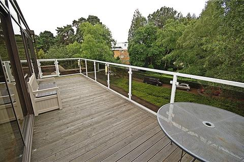 3 bedroom penthouse for sale - Canford Cliffs, Poole, Dorset, BH13