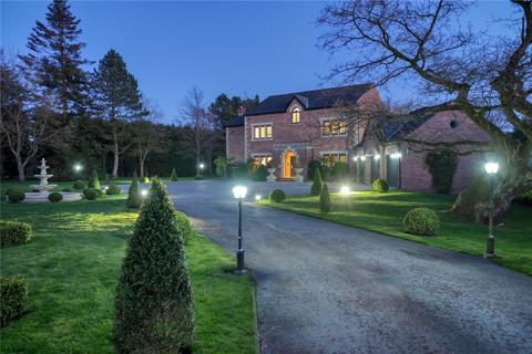 5 bedroom detached house for sale - Prestbury Road, Wilmslow, Cheshire, SK9