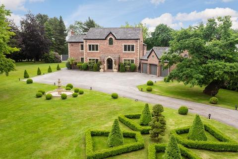 5 bedroom detached house for sale - Prestbury Road, Wilmslow