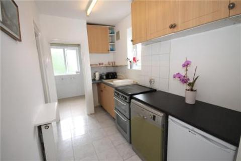 2 bedroom flat to rent - Shelvers Hill, Tadworth