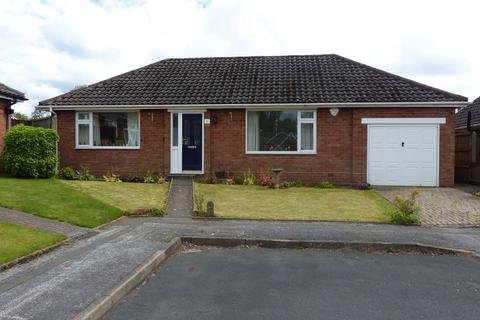2 bedroom detached bungalow for sale - Raglan Close, Streetly/Aldridge