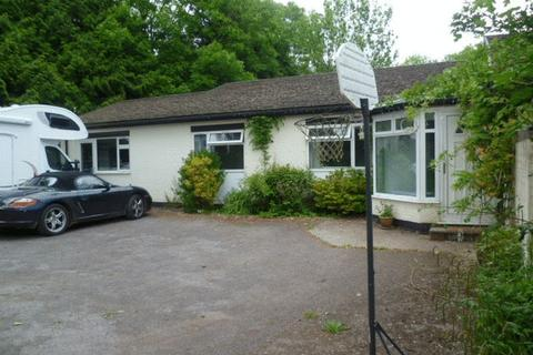 4 bedroom detached bungalow to rent - Gravel Walk, Cullompton