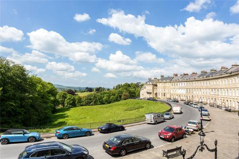 2 bedroom flat for sale - Lansdown Crescent, Bath, BA1