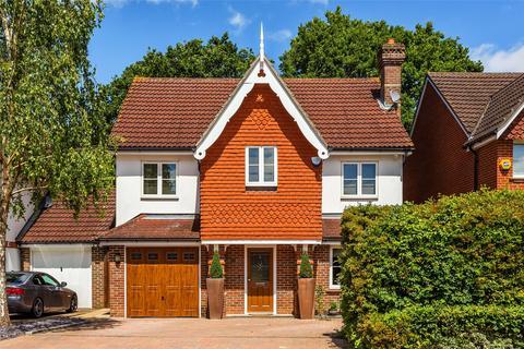 5 bedroom detached house for sale - Furze Close, Horley, Surrey, RH6