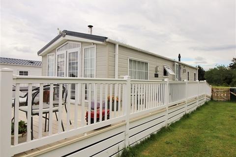 1 bedroom detached bungalow for sale - Findhorn Park, Mundole, Forres