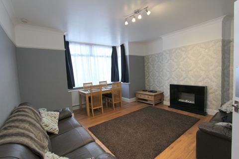 2 bedroom ground floor flat to rent - Beverley Road, Horfield