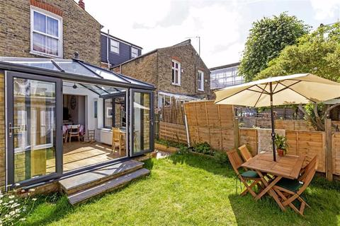 2 bedroom flat for sale - Nimrod Road, Furzedown, London