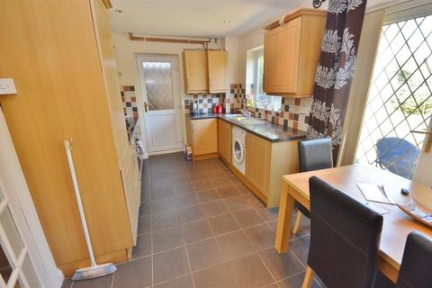 3 bedroom semi-detached house to rent - Dexter Close, Barton Hills