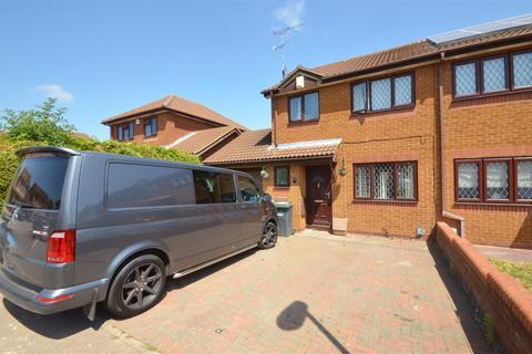3 bedroom semi-detached house to rent - Dexter Close, Barton Hills