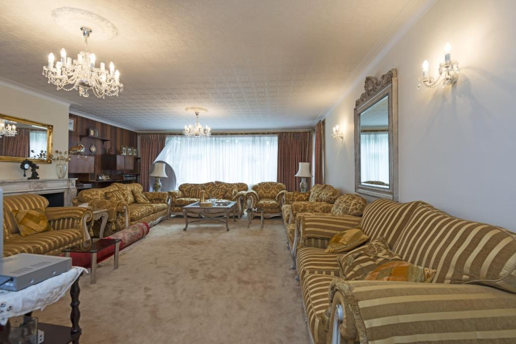 5 Bedrooms Apartment Flat for sale in Avenue Close, Avenue Road, St John's Wood, London, NW8