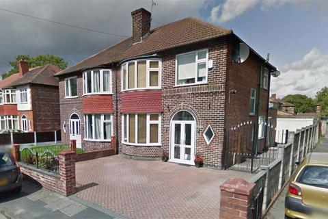 3 bedroom semi-detached house to rent - Welney Road, Firswood