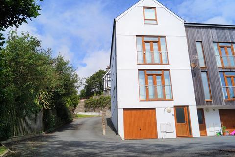 4 bedroom townhouse for sale - Eryl Fryn, Lleyn Street, Pwllheli