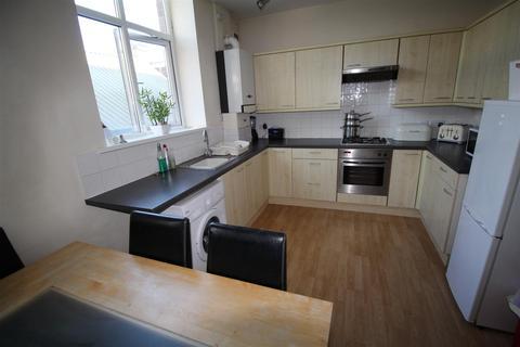 2 bedroom flat to rent - Woolcombers Hall, Shipley