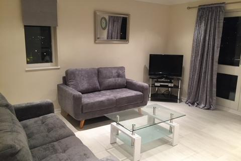 2 bedroom apartment to rent - 156 Ambassador House