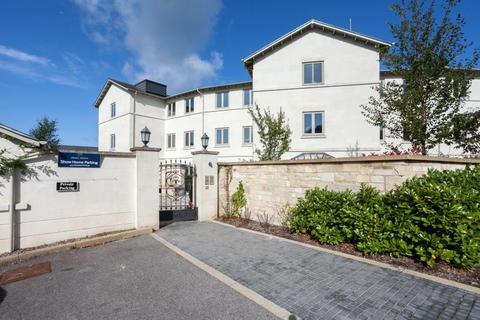 3 bedroom apartment for sale - Box, Nr Bath