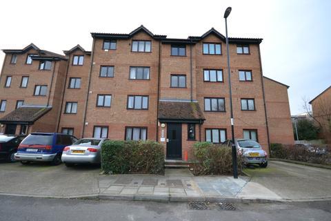 Studio to rent - Glenville Grove, London , SE8