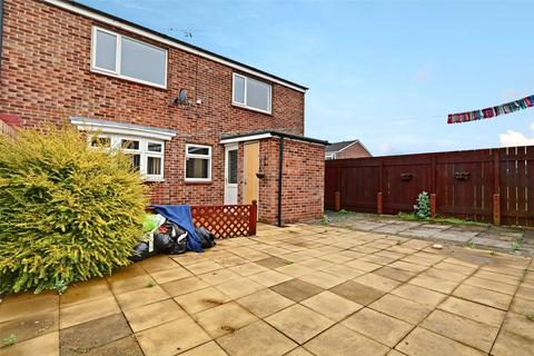 2 bedroom end of terrace house for sale - Madron Close, Bransholme, Hull, East Yorkshire, HU7