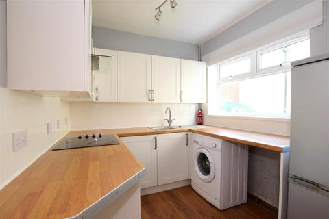 3 bedroom semi-detached house to rent - Darcey Drive Brighton BN1