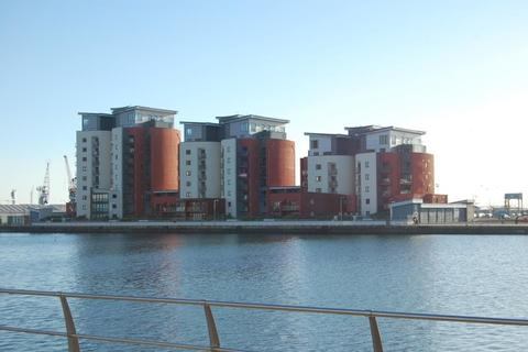2 bedroom apartment to rent - Southquay, Swansea