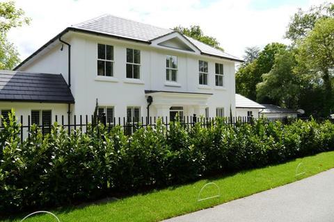 5 bedroom terraced house to rent - Quentin Way, Virginia Water, Surrey, GU25 4PS