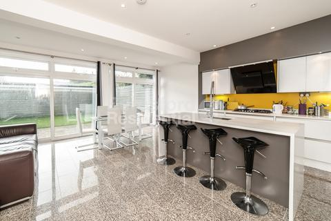 4 bedroom detached house to rent - Nimrod Road, Tooting Bec