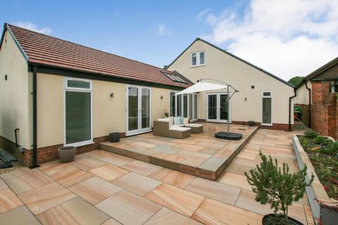 4 bedroom detached house for sale - Stubley Lane, Dronfield, Derbyshire S18 1PG
