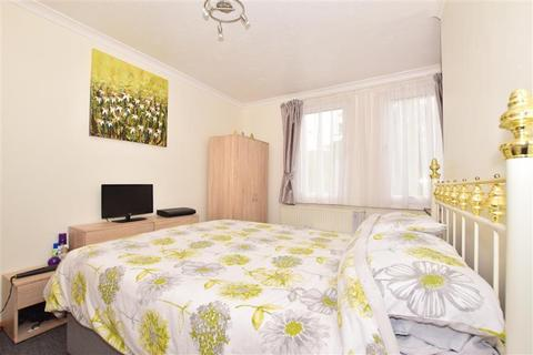 3 bedroom end of terrace house for sale - Crabble Hill, Dover, Kent