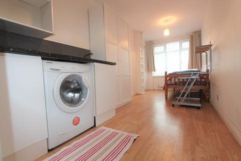 Studio to rent - Ellesmere Road, Dollis Hill, NW10