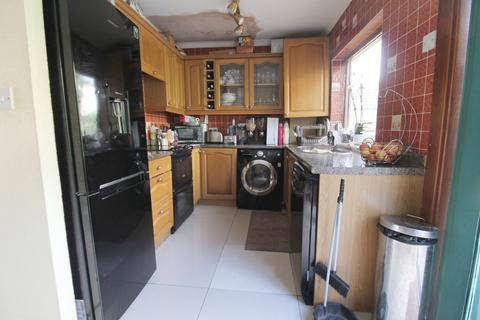 3 bedroom end of terrace house -  Kings Road,  Chatham, ME5