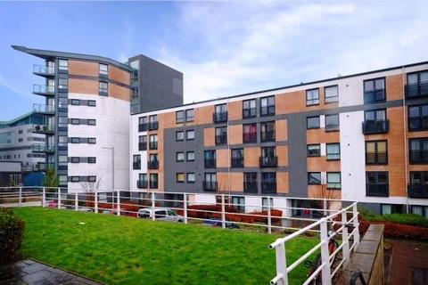 2 bedroom flat to rent - Firpark Court, Glasgow, Lanarkshire, G31