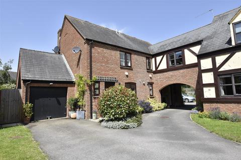 3 bedroom semi-detached house for sale - Stonecroft Close, Bishops Cleeve, GL52