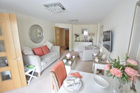 1 bedroom flat - Horizons, Churchfield Road, Poole, BH15 2FR