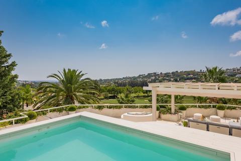 3 bedroom penthouse  - Nueva Andalucia, Andalucia, Spain