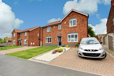 2 bedroom semi-detached house for sale - Bowmandale, Barton-upon-Humber, Lincolnshire, DN18
