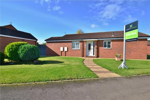 2 bedroom detached bungalow for sale - Whinflower Drive, Norton, Stockton-On-Tees